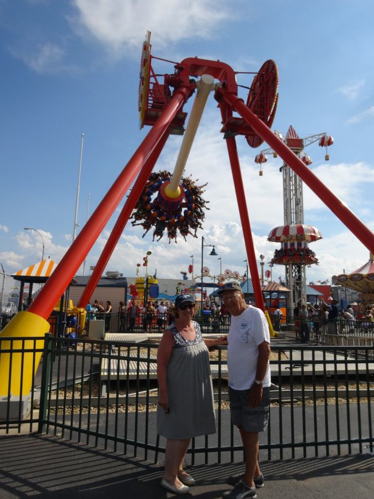 mom and dad coney island 5